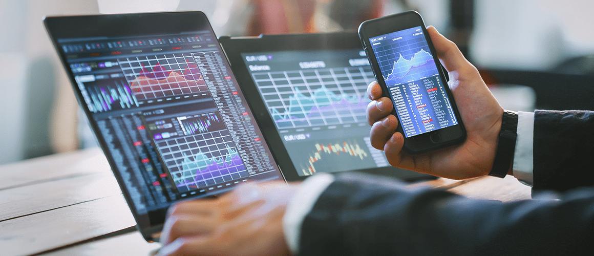 """Trading strategie """"Tři Klouzavé průměry (MA)"""""""