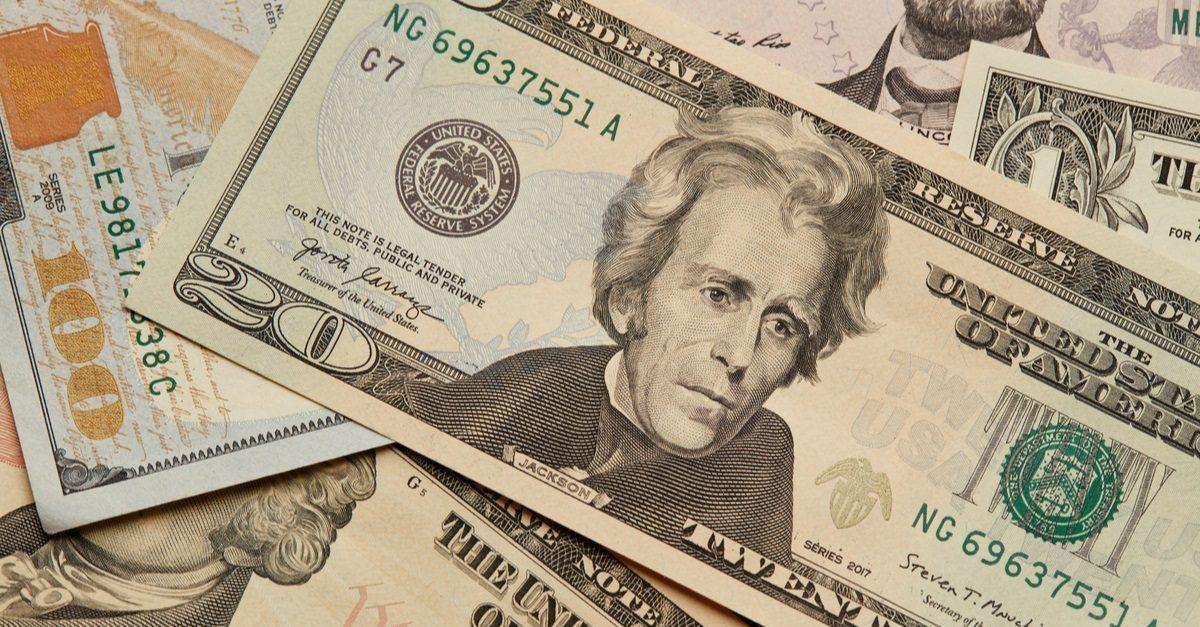 USD: речь Пауэлла может увеличить волатильность доллара
