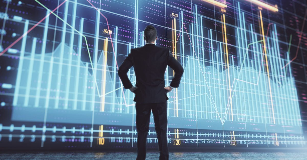 Два подхода к созданию торговых стратегий:анализ данных и статистики, исследование структуры рынка