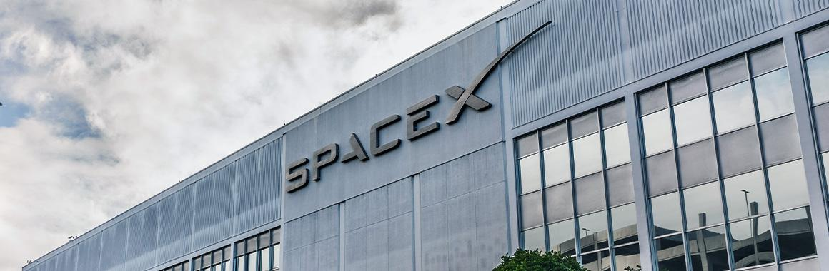 Безопасность США — дело выгодное: у SpaceX контракт с Пентагоном