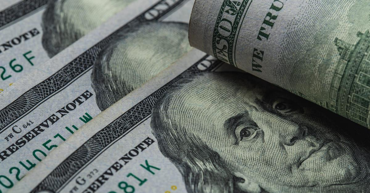 USD: доллар пользуется ситуацией