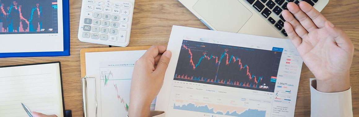 Мультиплікатори для аналізу акцій: як працювати з коефіцієнтом P/CF