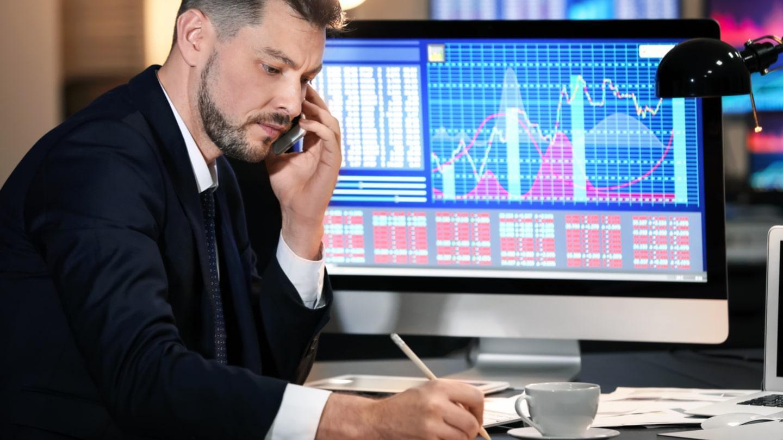 Apa lagi yang dilakukan oleh broker untuk pelanggan?