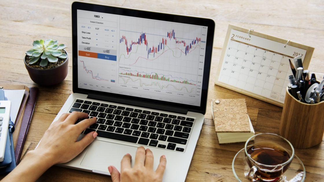 Atšķirība starp reālo un demo tirdzniecību