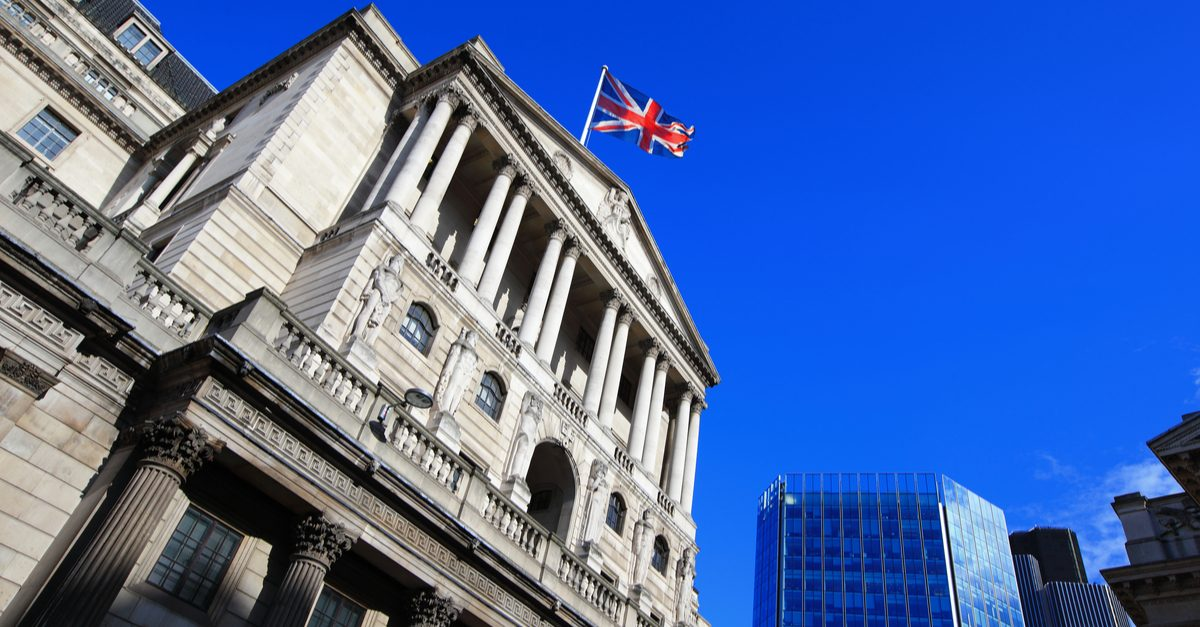The Bank of England leaves things without change