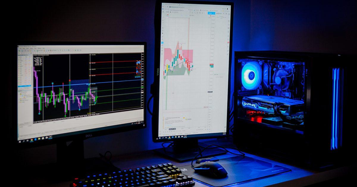 على MT5 ، يمكنك اختبار برامج التتبُّع في أقل الظروف الممكنة في السوق الحقيقية