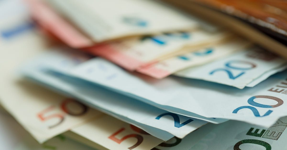 EUR: tanda-tanda kebangkitan mendorong