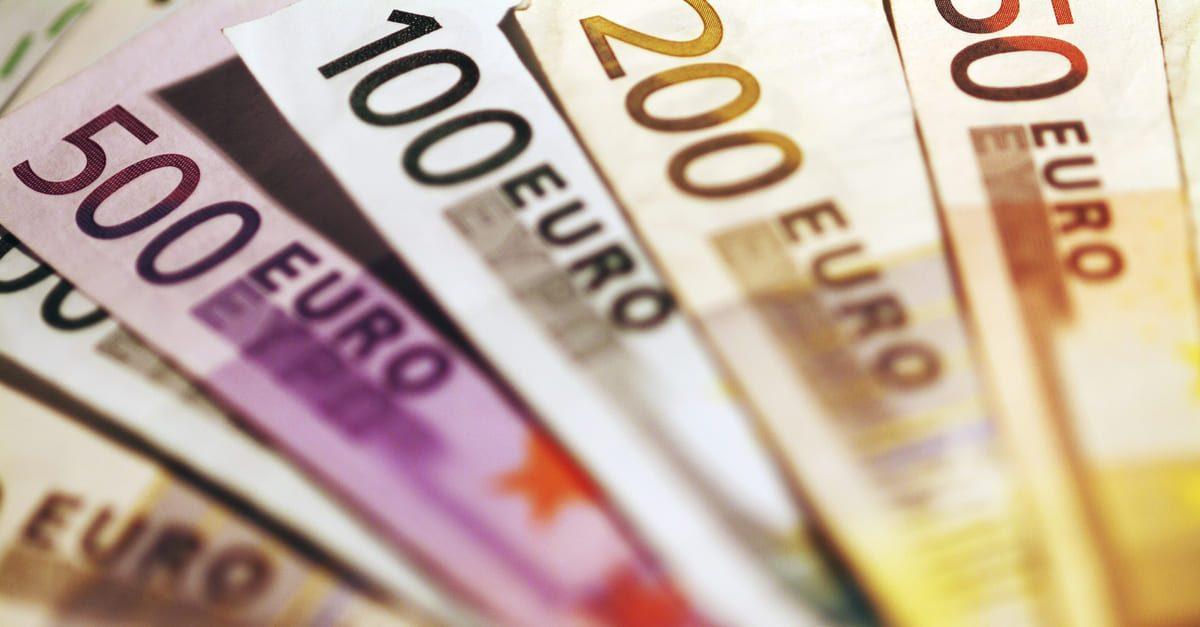 EUR: kekal positif